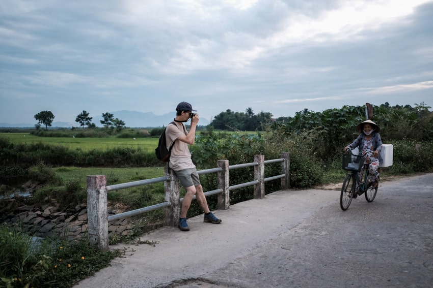 A participant of hoi an sunset photography tour and workshop
