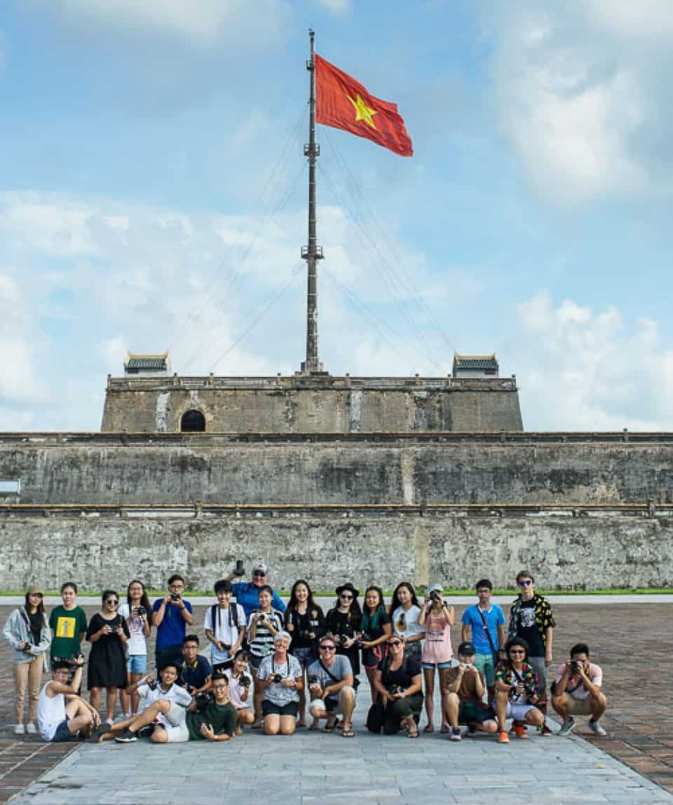 Group photography workshop in Hue