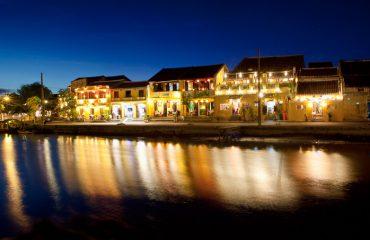 Hoi An Night Photography - Riverside