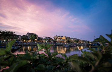 Hoi An Night Photography - Through The Greens