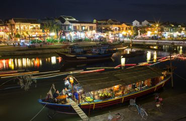 Hoi An Night Photography - Boat Cafe On River